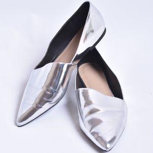 Zara Trafaluc Silver Flats, Sz 8  (Eruo 39)